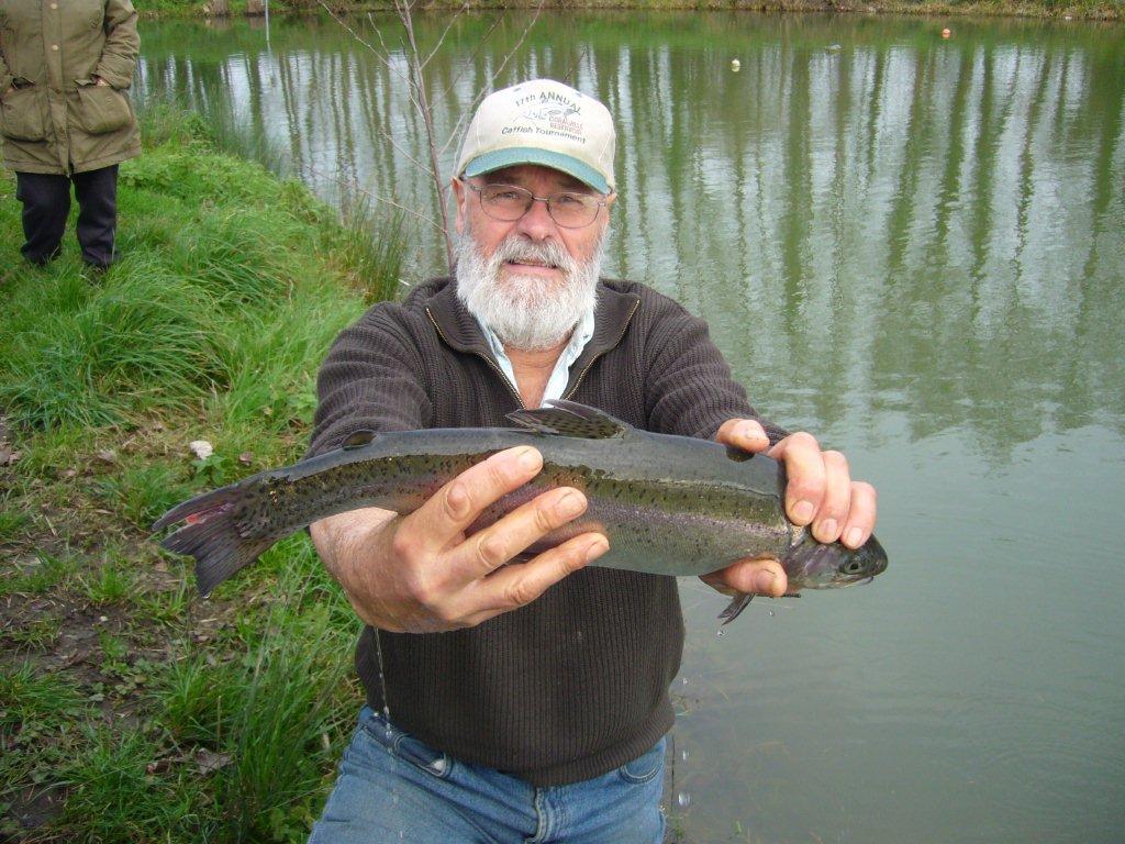 Bernard rève déjà à sa pêche de samedi !!
